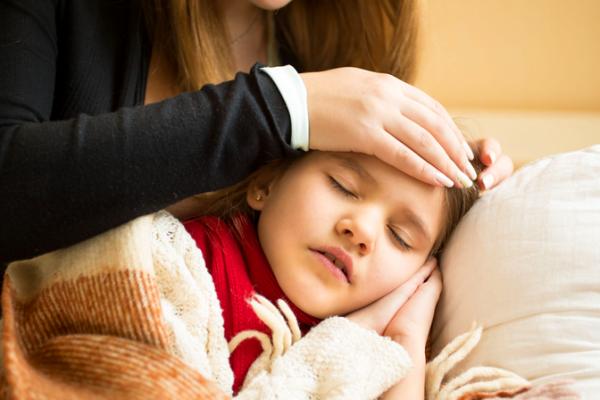 12 síntomas peligrosos en niños